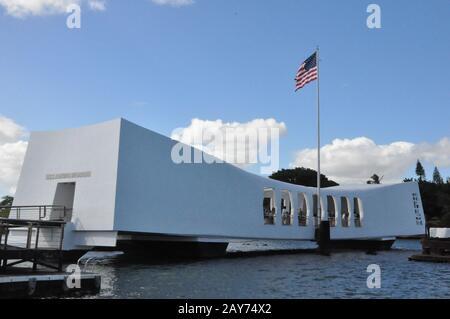 The USS Arizona Memorial at the Pearl Harbor site in Oahu, Hawaii - Stock Photo