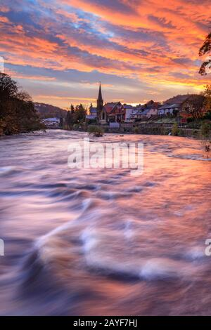 The River Dee at Llangollen captured at sunrise. - Stock Photo