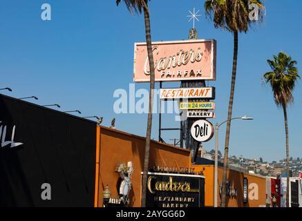 Signage for Canters Fairfax Jewish inspired restaurant, deli and bar. Fairfax Avenue, Los Angeles, California, USA