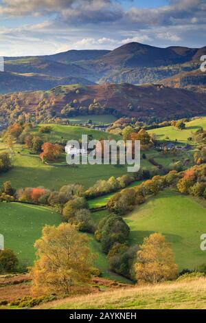 The view Castell Dinas Bran near Llangollen, towards the Berwyn Mountains. - Stock Photo