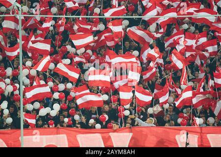 Dusseldorf, Germany. 15th Feb, 2020. Football Düsseldorf - Gladbach, Düsseldorf Feb 15, 2020. fans with flags FORTUNA DÜSSELDORF - BORUSSIA MÖNCHENGLADBACH 1-4  - DFL REGULATIONS PROHIBIT ANY USE OF PHOTOGRAPHS as IMAGE SEQUENCES and/or QUASI-VIDEO -  1.German Soccer League , Düsseldorf, February 15, 2020. Credit: Peter Schatz/Alamy Live News - Stock Photo