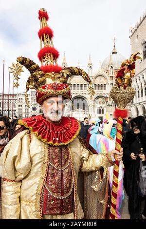 Venice, Italy. 16 February 2020. Venetians and tourists celebrate the traditional 'Volo del Angelo', 'Flight of the Angel' event that officially starts the carnival celebrations. Credit: Vibrant Pictures/Alamy Live News - Stock Photo