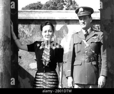 Soong May-ling or Soong Mei-ling, also known as Madame Chiang Kai-shek (traditional Chinese: 宋美齡; simplified Chinese: 宋美龄; pinyin: Sòng Měilíng; March 5, 1898 – October 23, 2003) was a First Lady of the Republic of China (ROC), the wife of former President Chiang Kai-shek (蔣中正 / 蔣介石).  Lieutenant General Claire Lee Chennault (September 6, 1893 – July 27, 1958), was an American military aviator. A contentious officer, he was a fierce advocate of fight-interceptor aircraft during the 1930s when the U.S. Army Air Corps was focused primarily on high-altitude bombardment. Chennault retired in 1937, - Stock Photo