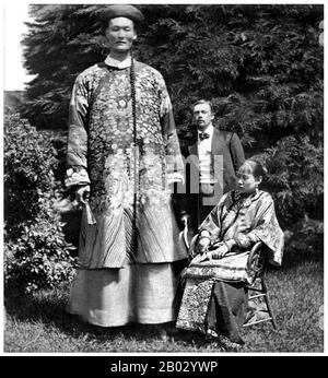 Zhan Shichai (1841 - 5 November 1893) was a Chinese giant who toured the world as 'Chang the Chinese Giant' in the 19th century. His stage name was 'Chang Woo Gow'.   Zhan was born in Fuzhou, Fujian Province in the 1840s, though reports of the year vary from 1841 to 1847. His height was claimed to be over 8 feet (2.4 m), but there are no authoritative records. He left China in 1865 to travel to London where he appeared on stage, later travelling around Europe, and to the US and Australia as 'Chang the Chinese Giant'. Zhan received a good education in various countries, and developed a good und - Stock Photo