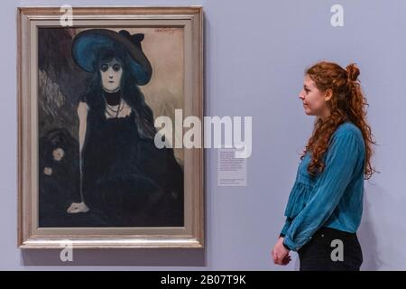 London, UK. 19th Feb, 2020. The Absinthe Drinker, 1907 - Léon Spilliaert at the Royal Academy of Arts. Including his celebrated self-portraits and dreamlike scenes of the North Sea coast, with works characterised by dramatic perspectives and a quiet luminescence. He is best known for a sequence of enigmatic self-portraits and for his atmospheric night-time scenes of Ostend. Credit: Guy Bell/Alamy Live News - Stock Photo