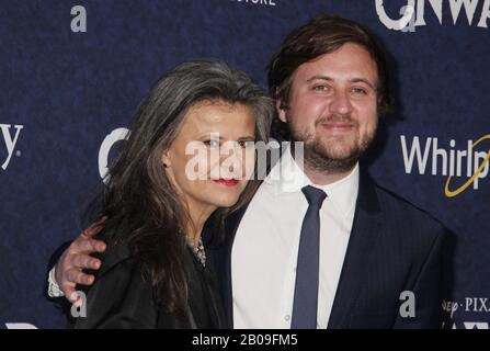 Los Angeles, California, USA. 18th Feb, 2020. Tracy Ullman  02/18/2020 The World Premiere of 'Onward' held at The El Capitan Theatre in Los Angeles, CA Photo by Izumi Hasegawa / HollywoodNewsWire.net - Stock Photo
