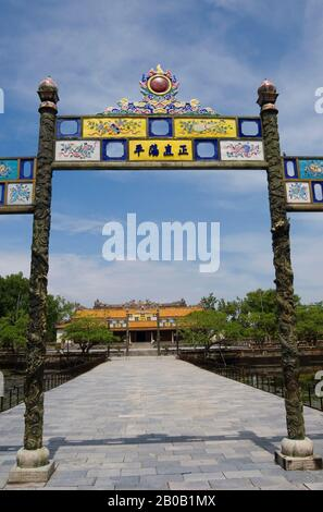 VIETNAM, HUE, CITADEL, VIEW FROM MAIN GATE OF THAI HOA (HALL OF SUPREME HARMONY) PALACE - Stock Photo