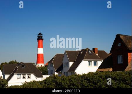 GERMANY, SCHLESWIG HOLSTEIN, NORTH FRISIAN ISLANDS, SYLT ISLAND, HÖRNUM VILLAGE WITH LIGHTHOUSE