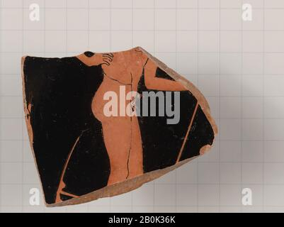 Attributed to the Foundry Painter, Terracotta fragment of a kylix (drinking cup), Greek, Attic, Late Archaic/Early Classical, Date 490–470 B.C., Greek, Attic, Terracotta; red-figure, Vases - Stock Photo