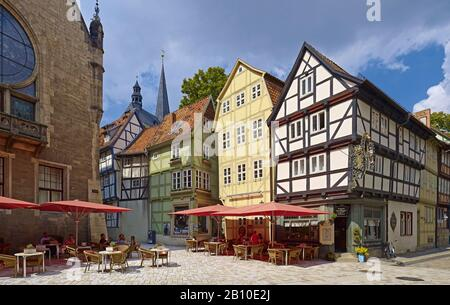 Café in 7 houses, Breite Straße, Quedlinburg, Saxony-Anhalt, Germany - Stock Photo