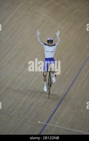 Beijing, CHINA.   Cycling, Laosham Velodrome, 19.08.2008.  GB's, Victoria PENLETON winning the Women's Sprints Finals, beating Australia's Anna MEARES. [Mandatory Credit: Peter SPURRIER, Intersport Images] - Stock Photo