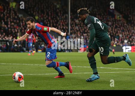 London, UK. 22nd Feb, 2020.Allan Saint-Maximin of Newcastle United taking on Joel Ward of Crystal Palace during the Premier League match between Crystal Palace and Newcastle United at Selhurst Park, London on Saturday 22nd February 2020. (Credit: Jacques Feeney | MI News) Photograph may only be used for newspaper and/or magazine editorial purposes, license required for commercial use Credit: MI News & Sport /Alamy Live News - Stock Photo