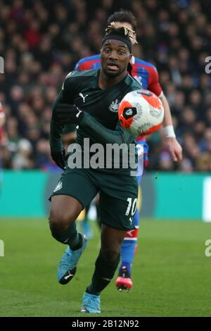 London, UK. 22nd Feb, 2020.Allan Saint-Maximin of Newcastle United during the Premier League match between Crystal Palace and Newcastle United at Selhurst Park, London on Saturday 22nd February 2020. (Credit: Jacques Feeney | MI News) Photograph may only be used for newspaper and/or magazine editorial purposes, license required for commercial use Credit: MI News & Sport /Alamy Live News - Stock Photo