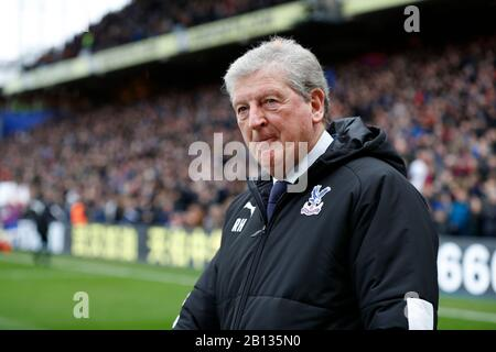 Selhurst Park, London, UK. 22nd Feb, 2020. English Premier League Football, Crystal Palace versus Newcastle United; Crystal Palace Manager Roy Hodgson walking towards the dugout from the tunnel before kick off - Strictly Editorial Use Only. No use with unauthorized audio, video, data, fixture lists, club/league logos or 'live' services. Online in-match use limited to 120 images, no video emulation. No use in betting, games or single club/league/player publications Credit: Action Plus Sports/Alamy Live News - Stock Photo