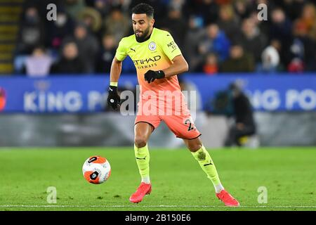 LEICESTER, ENGLAND - FEBRUARY 22ND Riyad Mahrez (26) of Manchester City during the Premier League match between Leicester City and Manchester City at the King Power Stadium, Leicester on Saturday 22nd February 2020. (Credit: Jon Hobley   MI News) Photograph may only be used for newspaper and/or magazine editorial purposes, license required for commercial use Credit: MI News & Sport /Alamy Live News