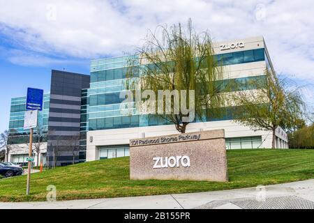 Feb 21, 2020 Redwood City / CA / USA - The new Zuora, Inc headquarters in Silicon Valley; Zuora's software is designed to automate various business an - Stock Photo