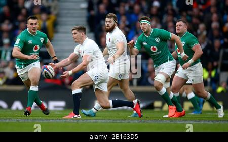London, UK. 23rd Feb, 2020.  Owen Farrell of England during Guinness Six Nations between England and Ireland at Twickenham Stadium, London, England on 23 February 2020 Credit: Action Foto Sport/Alamy Live News - Stock Photo