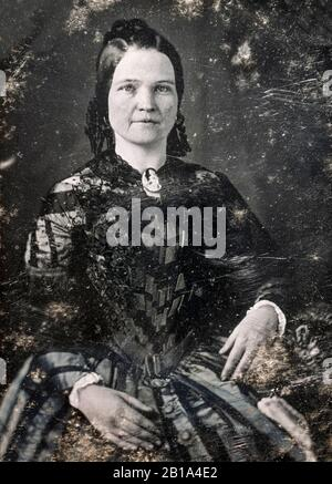 Mary Todd Lincoln (1818-1882), wife of President Abraham Lincoln, First Lady (1861-1865), portrait photograph by Nicolas H Shepherd, circa 1846-1847 - Stock Photo