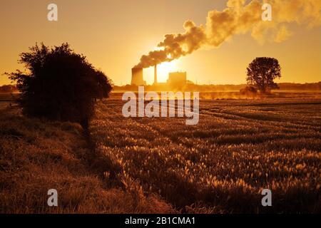 hard coal-fired power station Heyden at sunrise, Germany, North Rhine-Westphalia, Petershagen