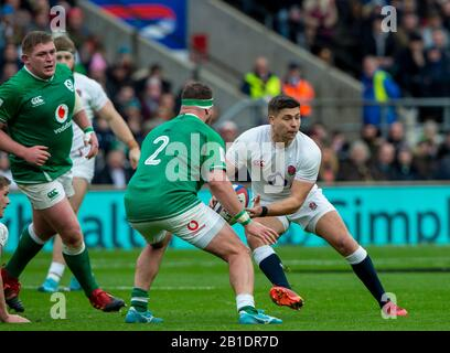 Twickenham, England, 23rd February, Guinness Six Nations, International Rugby, Ben YOUNGS, looking for a pass round Rob HERRING,  England vs Ireland, RFU Stadium, United Kingdom, [Mandatory Credit; Peter SPURRIER/Intersport Images] - Stock Photo