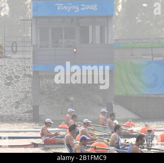 Shunyi, CHINA.  Start of a heat of the men's pair at the 2008 Olympic Regatta,  Saturday, 09.08.2008  [Mandatory Credit: Peter SPURRIER, Intersport Images] - Stock Photo