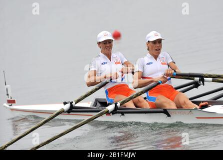 Shunyi, CHINA.  Heat of the Lightweight women's double sculls, NED LW2X, Bow Kirsten van der KOLK and Marit van EUPEN, move away from the start, at the 2008 Olympic Regatta, Shunyi Rowing Course. Sunday 10.08.2008  [Mandatory Credit: Peter SPURRIER, Intersport Images] - Stock Photo