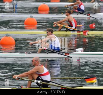 Shunyi, CHINA.  Start of a heat of the mens single sculls, GBR M1X Alan CAMPBELL, GBR M1X, moves away from the start pontoon at the 2008 Olympic Regatta, Shunyi Rowing Course. Monday. 11.2008  [Mandatory Credit: Peter SPURRIER, Intersport Images] - Stock Photo