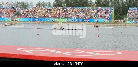 Shunyi, CHINA.  Men's Single scull final   left  NZL M1X. Mahe DRYSDALE, and NOR M1X Olaf TUFTE, crossing the finishing  line,   at the 2008 Olympic Regatta, Shunyi Rowing Course. Saturday  16/08/2008.[Mandatory Credit: Peter SPURRIER, Intersport Images] - Stock Photo