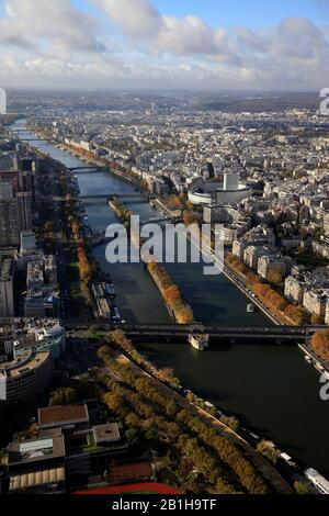 Aerial view of River Seine with Ile aux Cygnes Isle of the Swans in middle and Maison de la Radio in 16th arrondissement in the background.Paris.France - Stock Photo