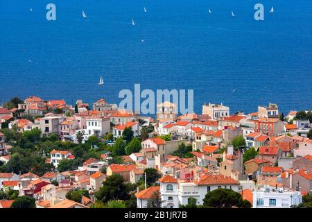 Aerial view of Malmousque, district of 7th arrondissement of Marseille , in sub-district of Endoume, Marseille, the second largest city of France - Stock Photo