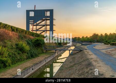 Oberhausen, North Rhine-Westfalia, Germany - August 06, 2018: Evening light over the viewing tower at the Olga-Park - Stock Photo