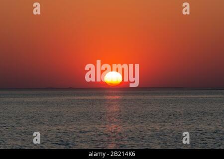 Sonnenuntergang an der Ostsee bei Klausdorf, Mecklenburg-Vorpommern - Stock Photo