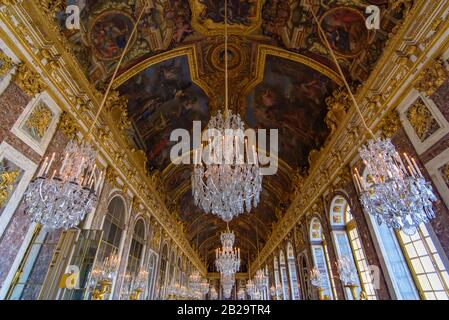The Hall of Mirrors, Palace of Versailles, Paris, France