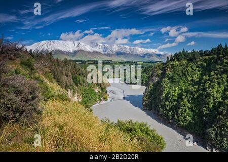 Rakaia River in Rakaia Gorge, Mt Hutt range, Southern Alps, from Arundel Rakaia Gorge Road, near Methven, Canterbury Region, South Island, New Zealand