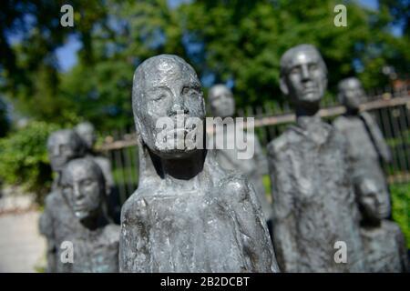 Skulptur ´Jüdische Opfer des Faschismus´, Grosse Hamburger Strasse, Mitte, Berlin, Deutschland - Stock Photo