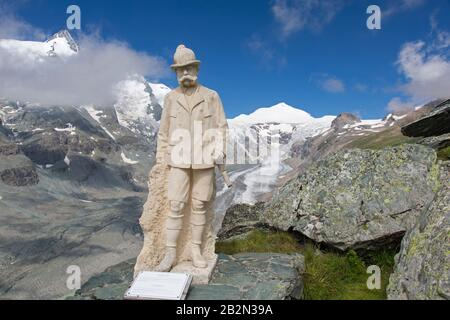 Kaiser Franz Josef sculpture and the shrinking Pasterze, longest glacier in Austria and Eastern Alps in 2018, Hohe Tauern NP, Carinthia, Austria - Stock Photo
