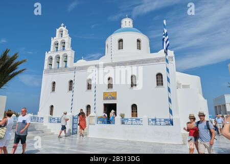 Greece, Santorini. 11-09-2019. Ekklisia Panagia Platsani church in Oia village on Santorini island - Stock Photo
