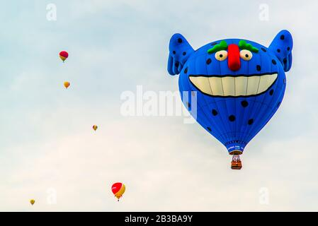 Saint-Jean-sur-Richelieu, Canada - August 18 2019: International Montgolfière Ballon festival in Saint-Jean in Canada - Stock Photo