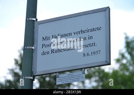 Gedenktafel, Judenverfolgung, Bayerisches Viertel, Schoeneberg, Berlin, Deutschland / Schöneberg