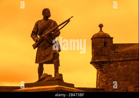 Statue of Argyll and Sutherland Highlander soldier from the Boer War at Stirling Castle in Scotland, UK