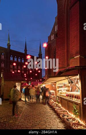 Christmas Market, St. Mary's, Cathedral, Church, blue hour, Hanseatic City, Lübeck, Schleswig-Holstein, Germany, Europe - Stock Photo