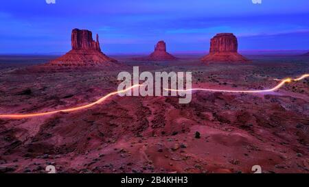 USA, United States of America, Monument Valley, Navajo Reserve, Utah,Colorado Plateau, Mexican Hat, Four Corner Region,Olijato, Arizona - Stock Photo