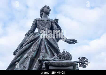 Germany, Saxony-Anhalt, Zerbst, view of the monument to Princess Sophie Auguste Friederike von Anhalt-Zerbst. She later became Tsarina Catherine II of Russia and went down in history as Catherine the Great. She lived in Zerbster Castle from 1742 to early 1744. - Stock Photo