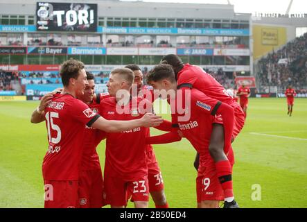 firo: 07.03.2020, Fuvuball, 2019/2020, 1.Bundesliga: Bayer Leverkusen - Eintracht Frankfurt jubilation, Paulinho, from his goal for 4: 0 with Moussa Diaby, WEISER, BELLARABI AND Julian Baumgartlinger | usage worldwide - Stock Photo