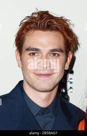 Hollywood, USA. 07th Mar, 2020. KJ Apa walking the red carpet at the Premiere Of Lionsgate's 'I Still Believe' held at ArcLight Hollywood on March 7, 2020 in Hollywood, California USA (Photo by Parisa Afsahi/Sipa USA) Credit: Sipa USA/Alamy Live News - Stock Photo