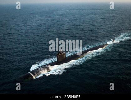 The U.S. Navy Los Angeles-class nuclear-powered attack submarine USS Toledo underway in the Arabian Sea January 21, 2016 off the coast of Bahrain. - Stock Photo