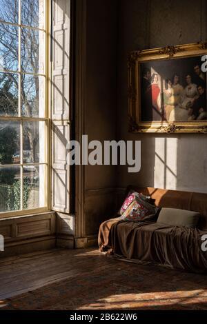 The interior of a Georgian house in Dublin, Ireland. - Stock Photo