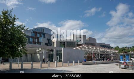 The Scottish Parliament building Holyrood. Edinburgh, Scotland - Stock Photo