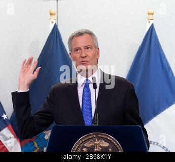 New York, United States. 09th Mar, 2020. Mayor Bill de Blasio holds media availability on COVID-19 at NYC Emergency Management (Photo by Lev Radin/Pacific Press/Sipa USA) Credit: Sipa USA/Alamy Live News - Stock Photo