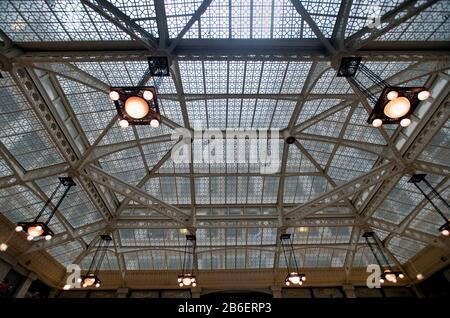 Chicago, Illinois, USA. Skylight in the lobby of the Rookery Building in Chicago. - Stock Photo